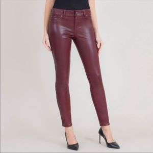 Level 99 Burgundy Lux Mid Rise Skinny Jeans Size 30 Shiny Like New